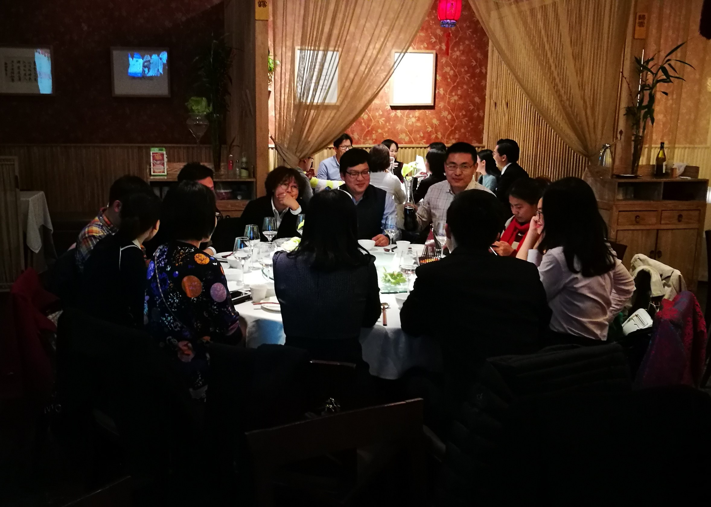Alumni celebrating Global Alumni Day 2017 in Beijing